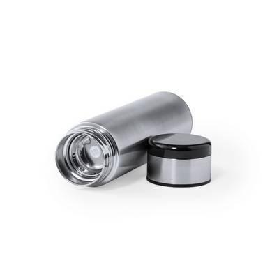 Termos 420 ml, posiada sitko zatrzymujące fusy oraz cyfrowy wyświetlacz temperatury napojów